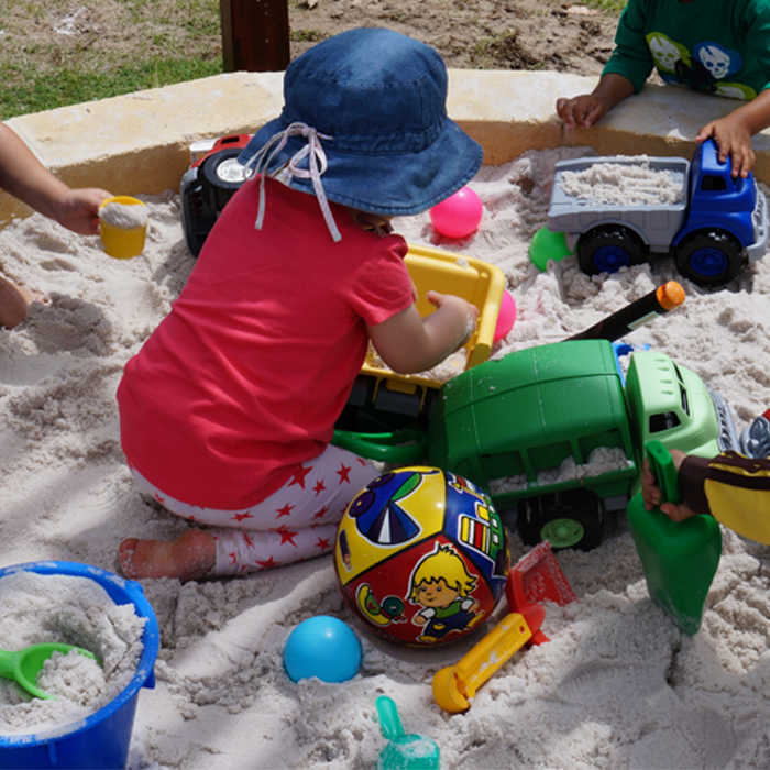 children_sandpit_playgroup