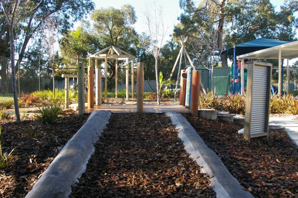meerilinga Ballajura Activity Room 2 Outdoor playground