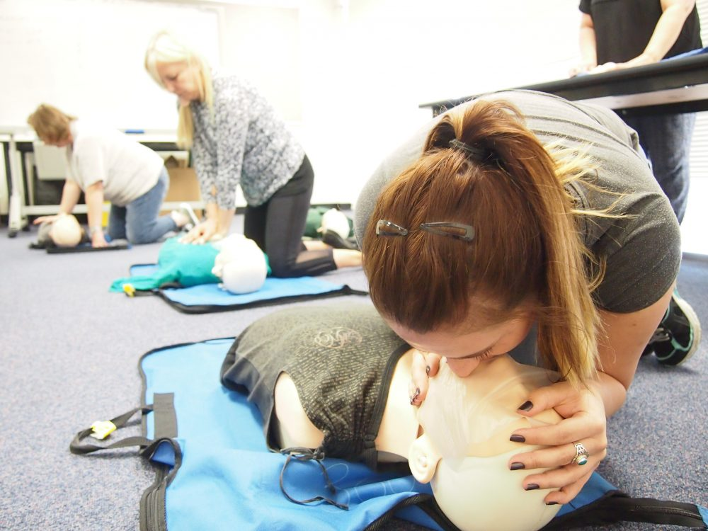 learn first aid for free at this heart beat club session in bullsbrook